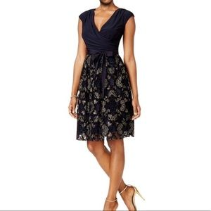 SLNY Navy & Gold Fit & Flare Cocktail Party Dress